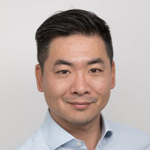 Guanpeng Li